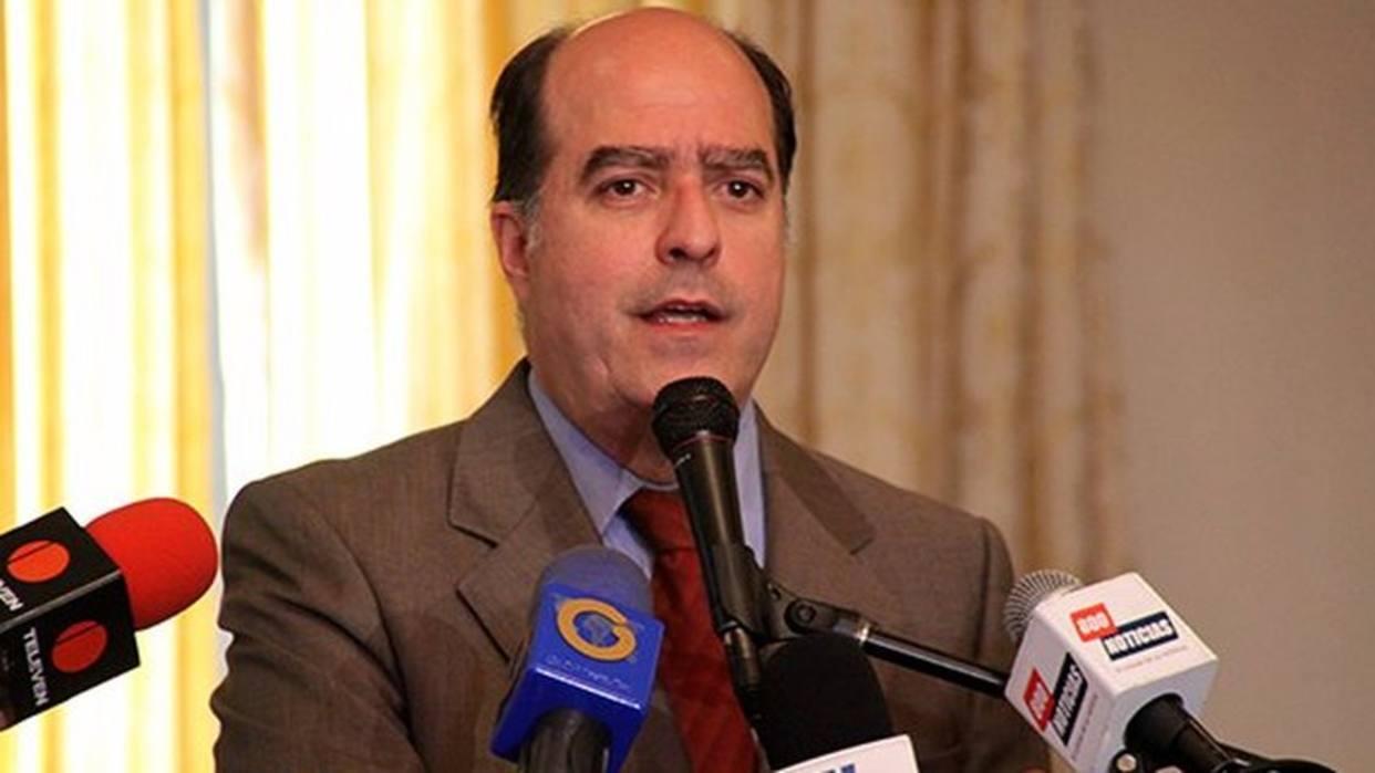 Sebin allana domicilio de Julio Borges en Caracas