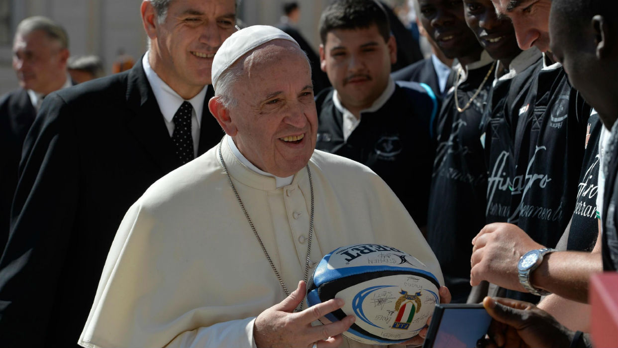 El Papa convoca una cumbre de la Iglesia sobre escándalo de abusos
