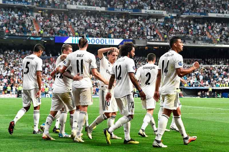 Real Madrid vence a la Roma en su inicio en Champions