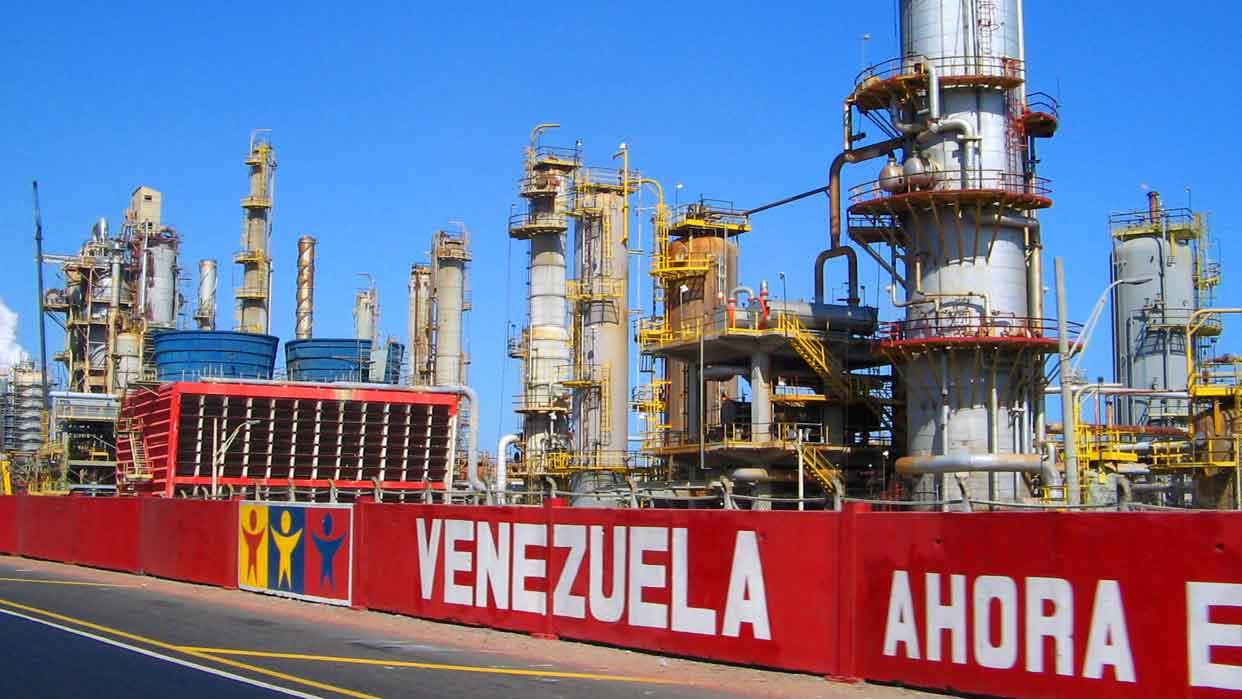 Resultado de imagem para Venezuela barris petroleo