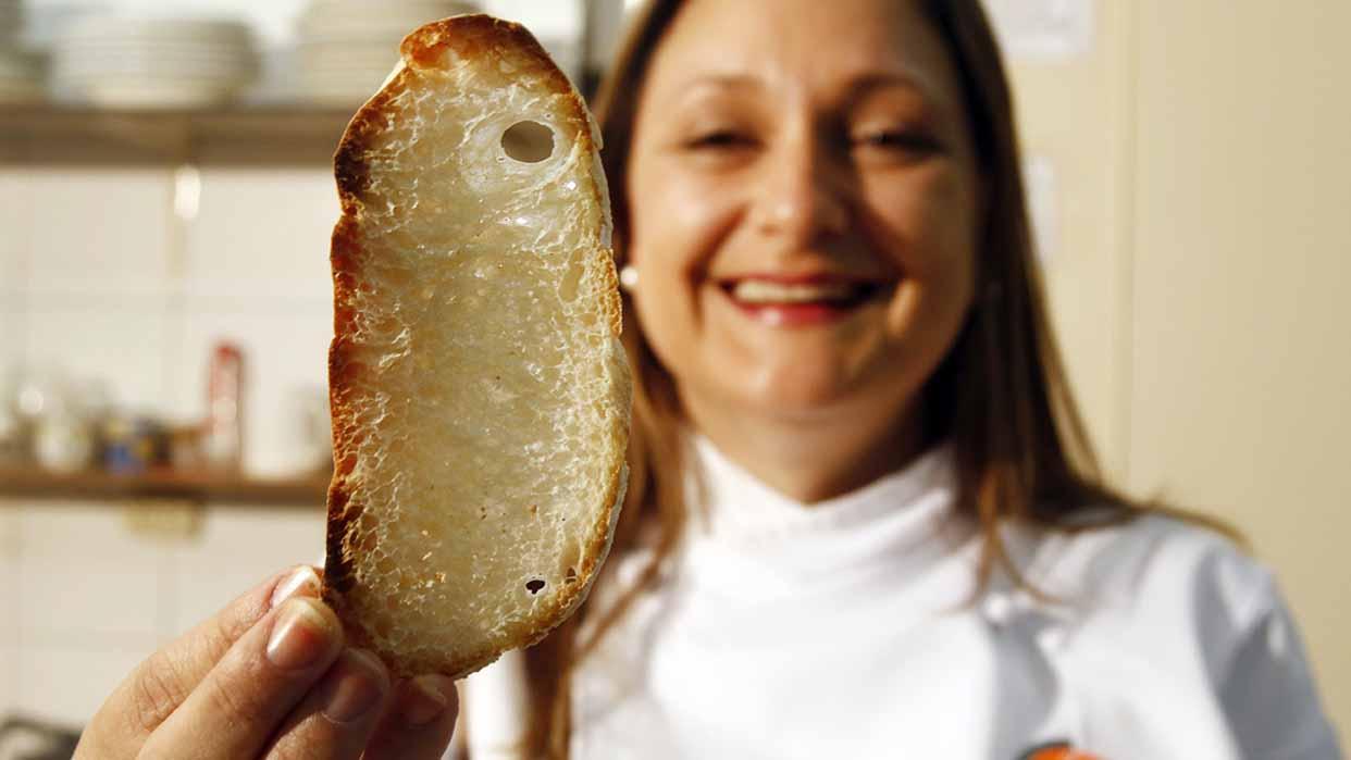 """Four Hands Cooking: """"La felicidad sabe a pan"""""""
