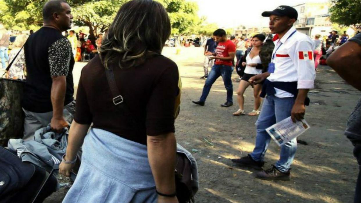 Perú exige nuevamente pasaporte a venezolanos hasta nueva decisión judicial
