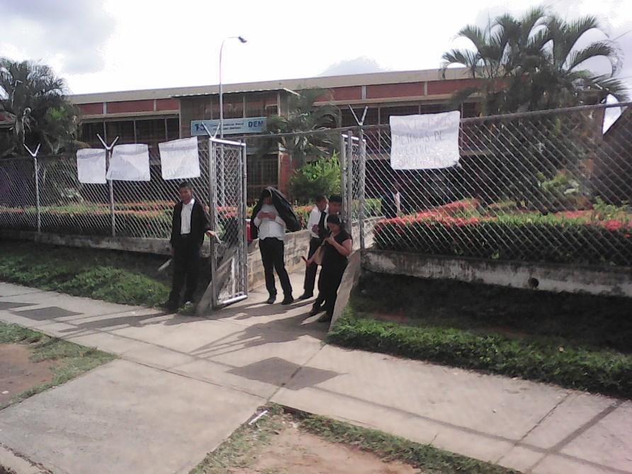 Circuito Judicial : Protesta de trabajadores paralizó el circuito judicial penal de