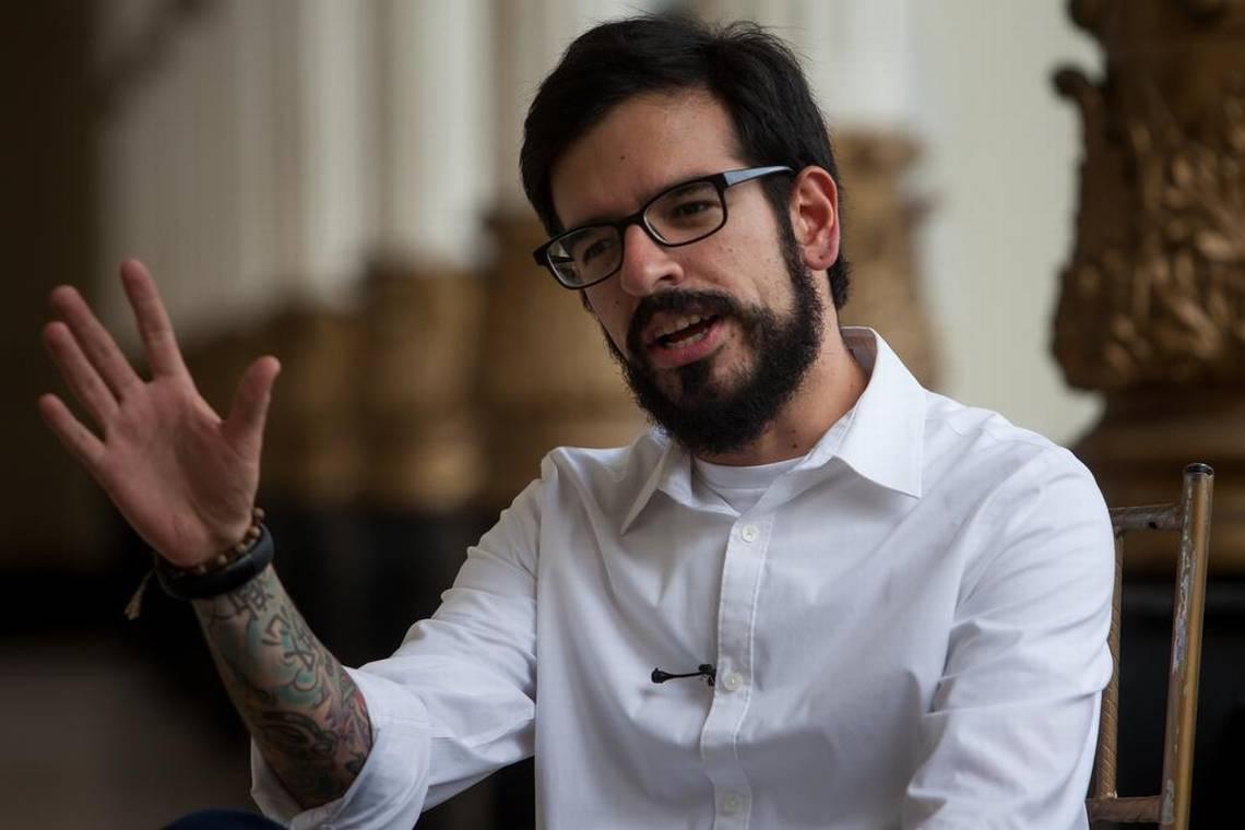 Diputado Pizarro presentó informe sobre crisis educativa