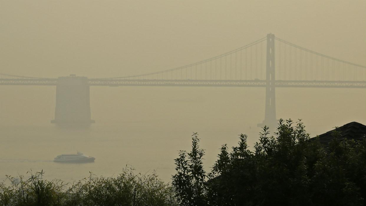 Resultado de imagen para Contaminación por los incendios paraliza a la región de San Francisco