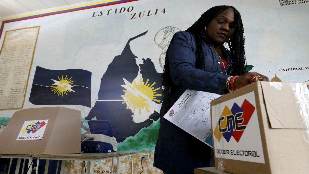Comicios del 9D prolongan recesión electoral en el país
