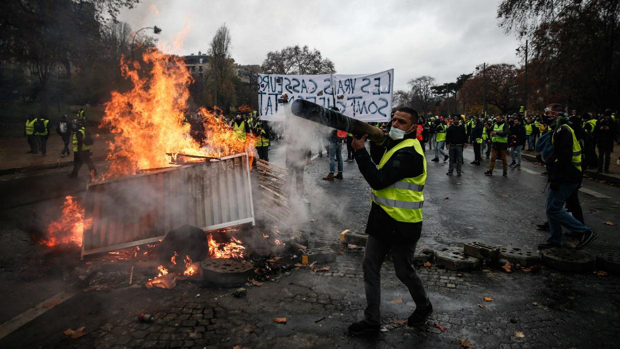 Resultado de imagen para paris protestas