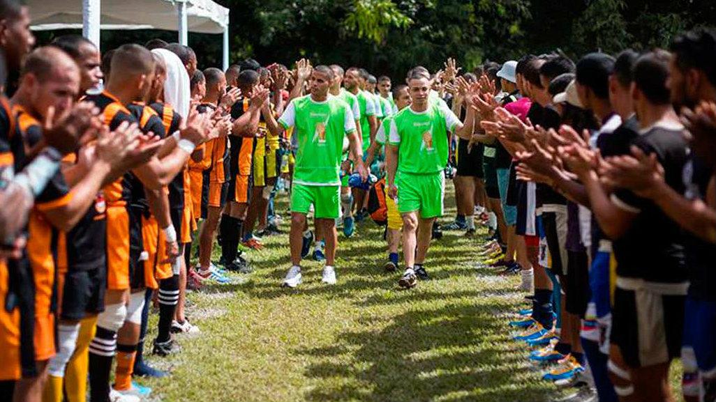 Reclusos venezolanos buscan redención en el rugby