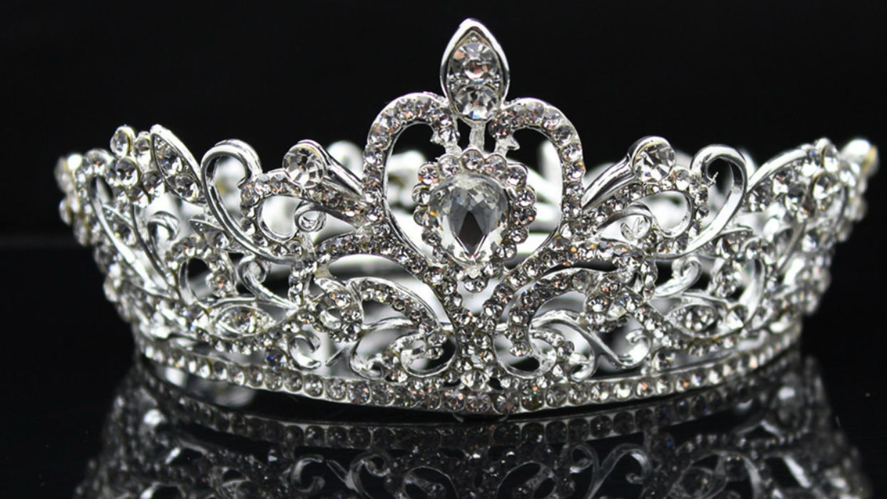 El costoso camino a la corona