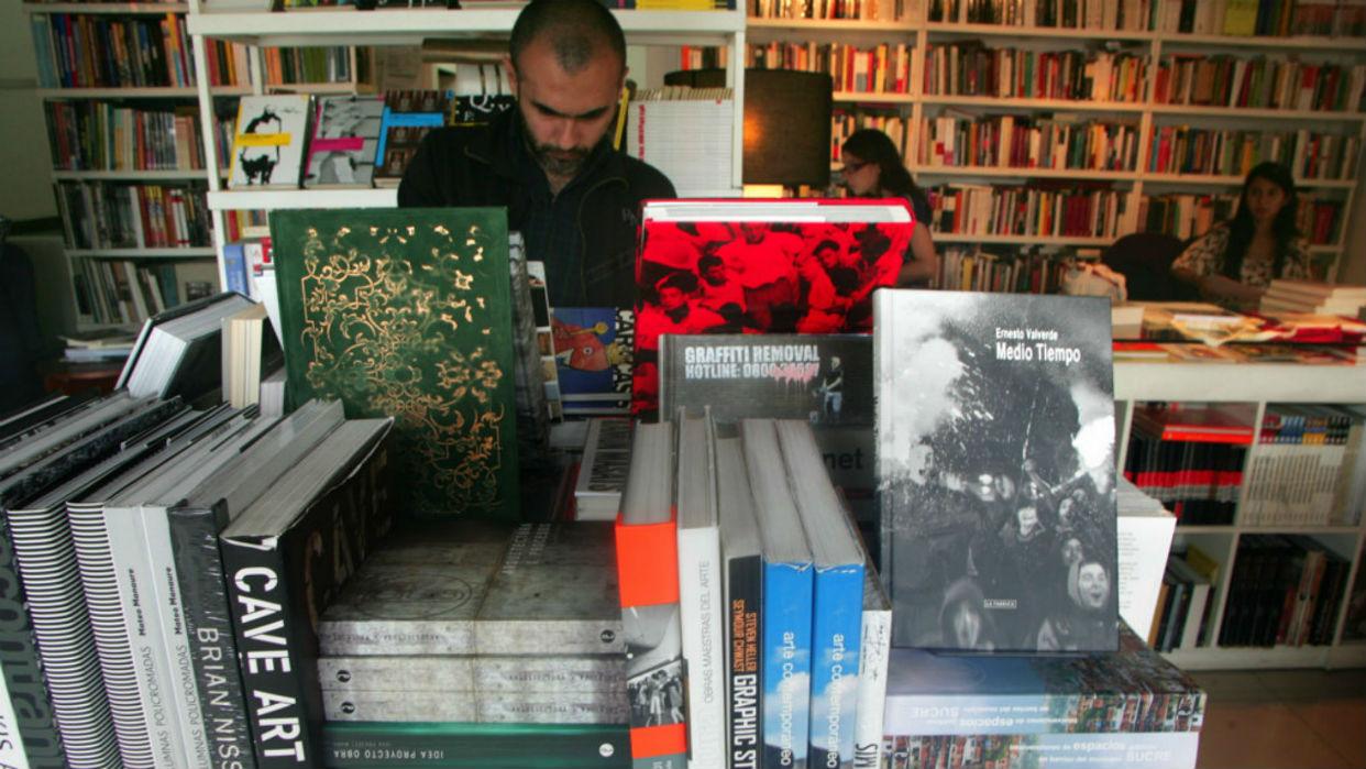 Librerías se resisten a desaparecer