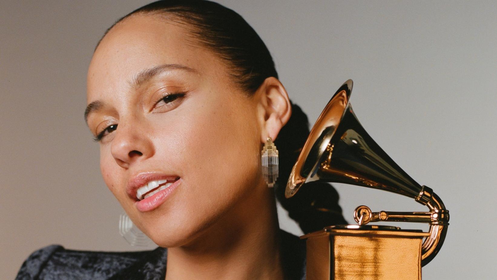 Alicia Keys presentará la ceremonia de los Grammy