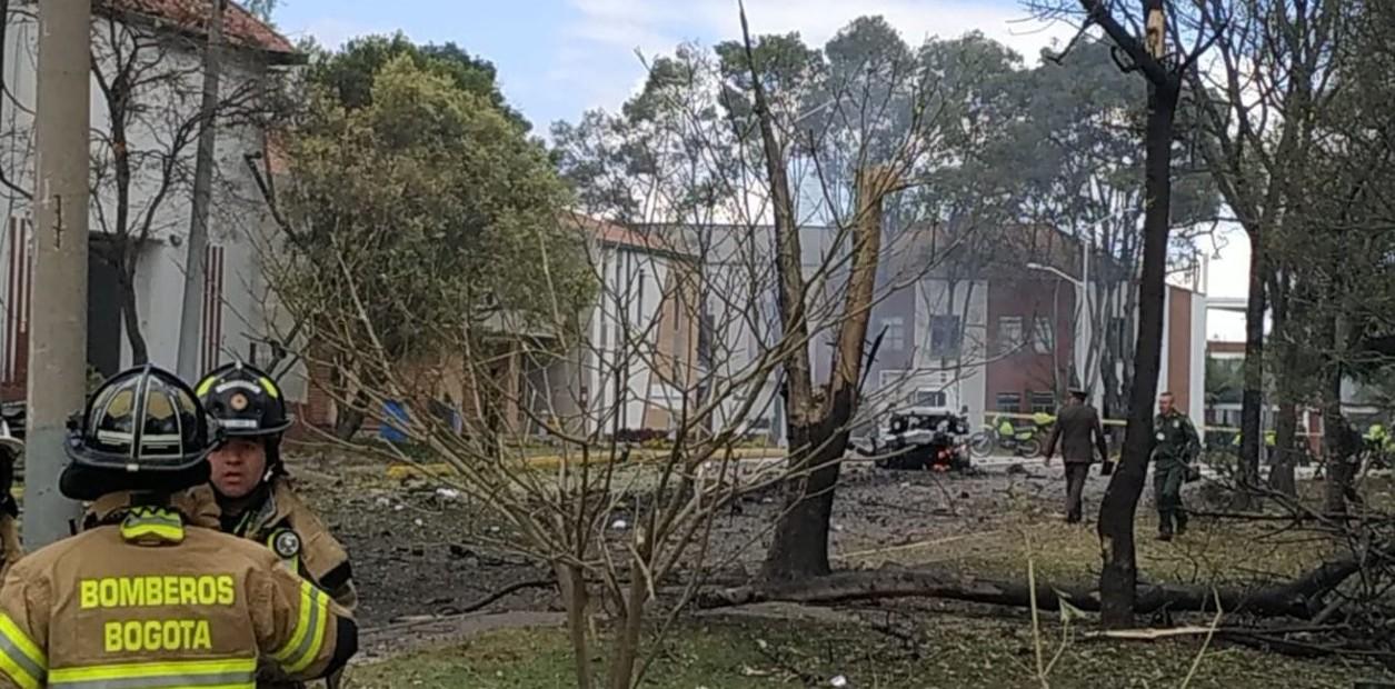 Ocho muertos por explosión de carro bomba en Bogotá