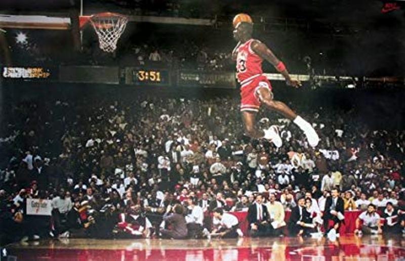 Michael Jordan fue designado el mejor basquetero de la historia
