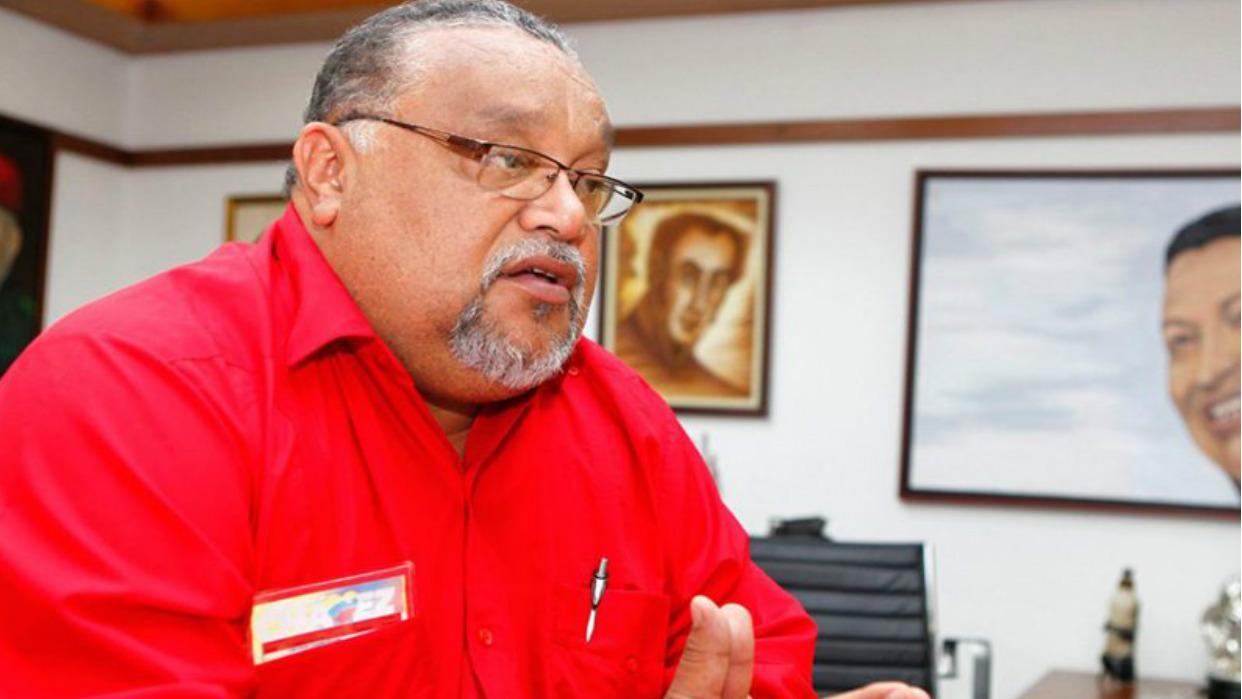 Rangel: En Caracas no hay problemas para surtir gasolina