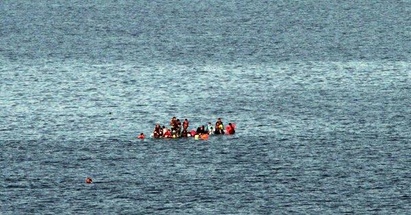 Venezuela: Naufraga embarcación con más de 30 ocupantes