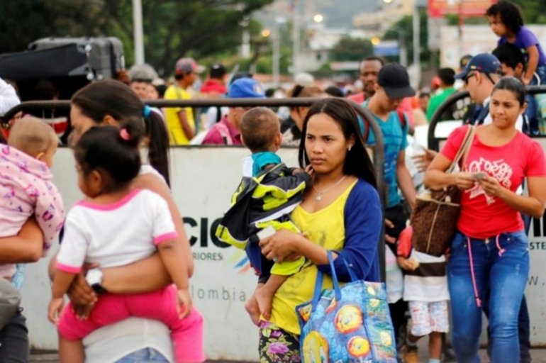 Alertan que en cuatro años se han ido al menos tres millones de venezolanos