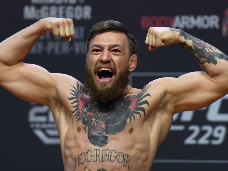 Retiran cargos por robo al peleador Conor McGregor