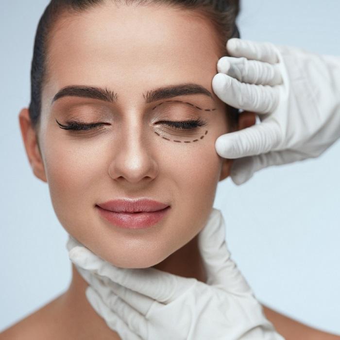 Blefaroplastia: Procedimiento quirúrgico que logra un rejuvenecimiento de la piel