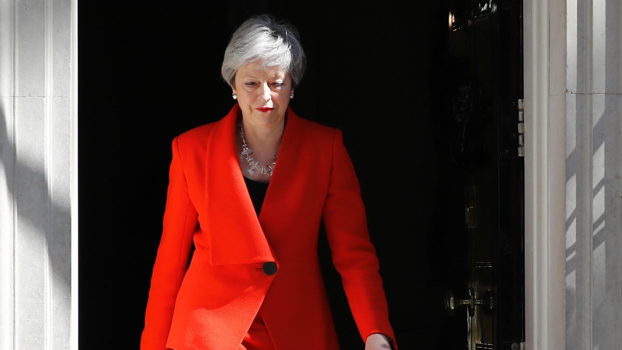 Brexit conduce a la debacle el liderazgo de Theresa May