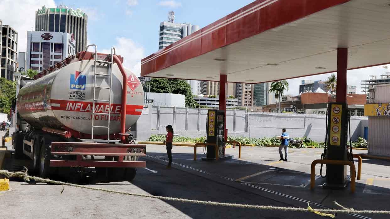 """""""CRP dejó de producir 150 mil barriles de gasolina"""""""