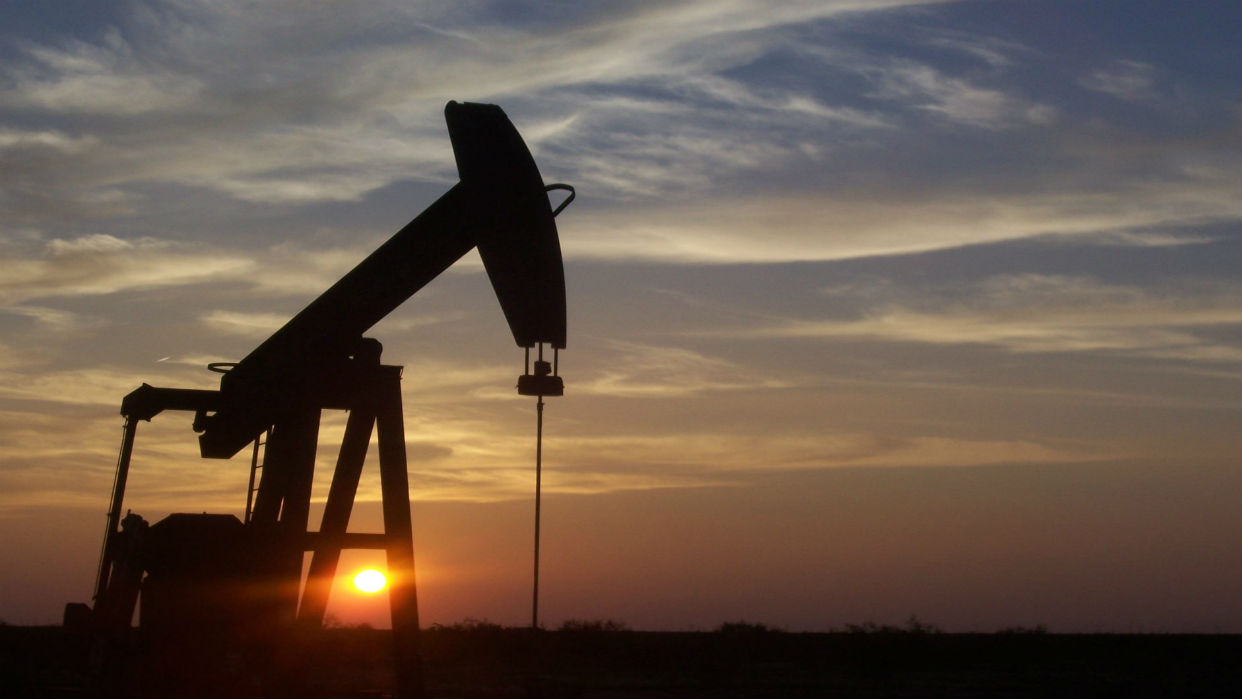 Crudo venezolano cerró la semana en 52,45 dólares por barril