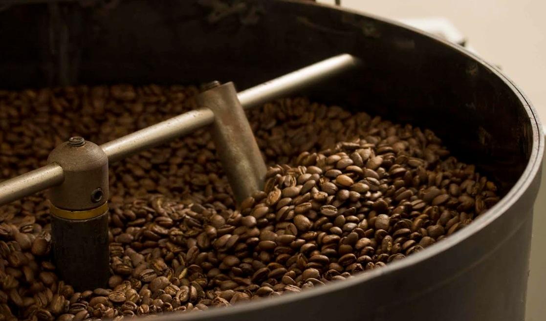 Grano a Grano Venezolano tuesta su café en Caracas