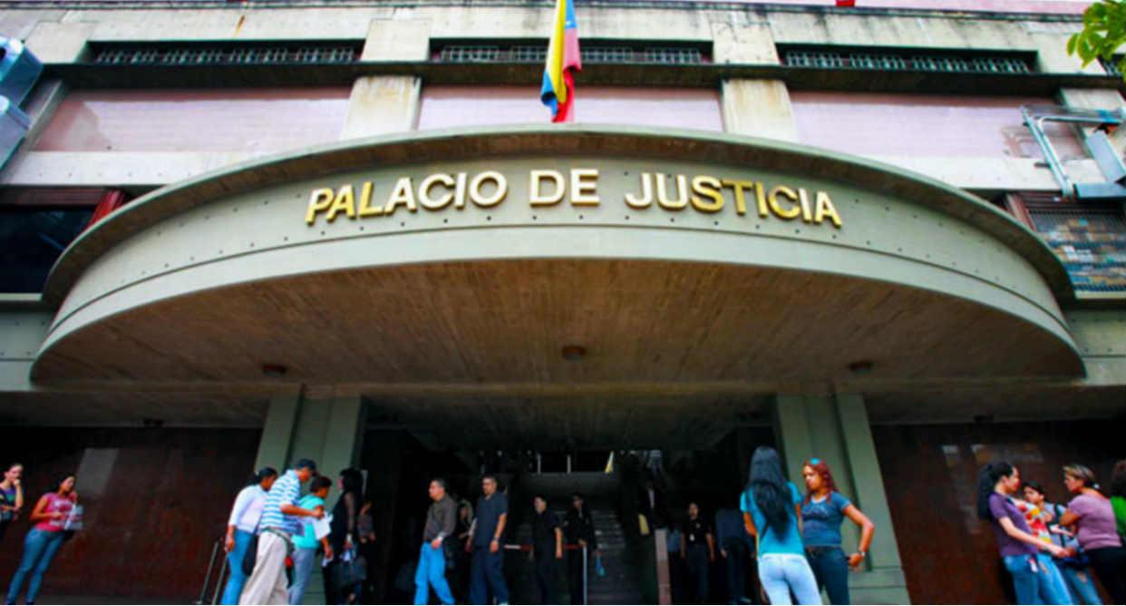 Tribunal de Caracas privó de libertad a una mujer y tres hombres por revender vacunas anticovid-19