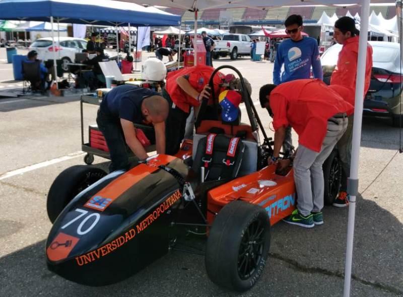 La Fórmula SAE de la Unimet compitió en Michigan