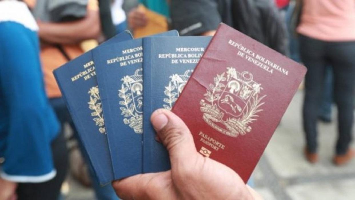 Panamá aceptará que venezolanos con pasaportes vencidos hagan trámites migratorios