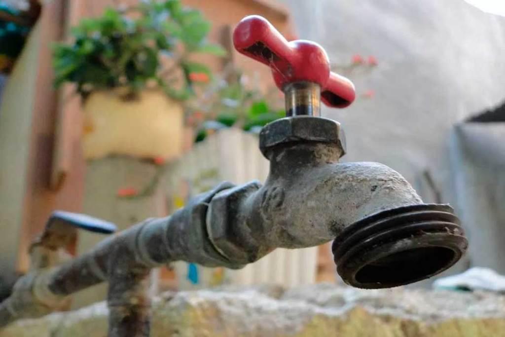 Reportan  protestas por falta de agua en Caracas