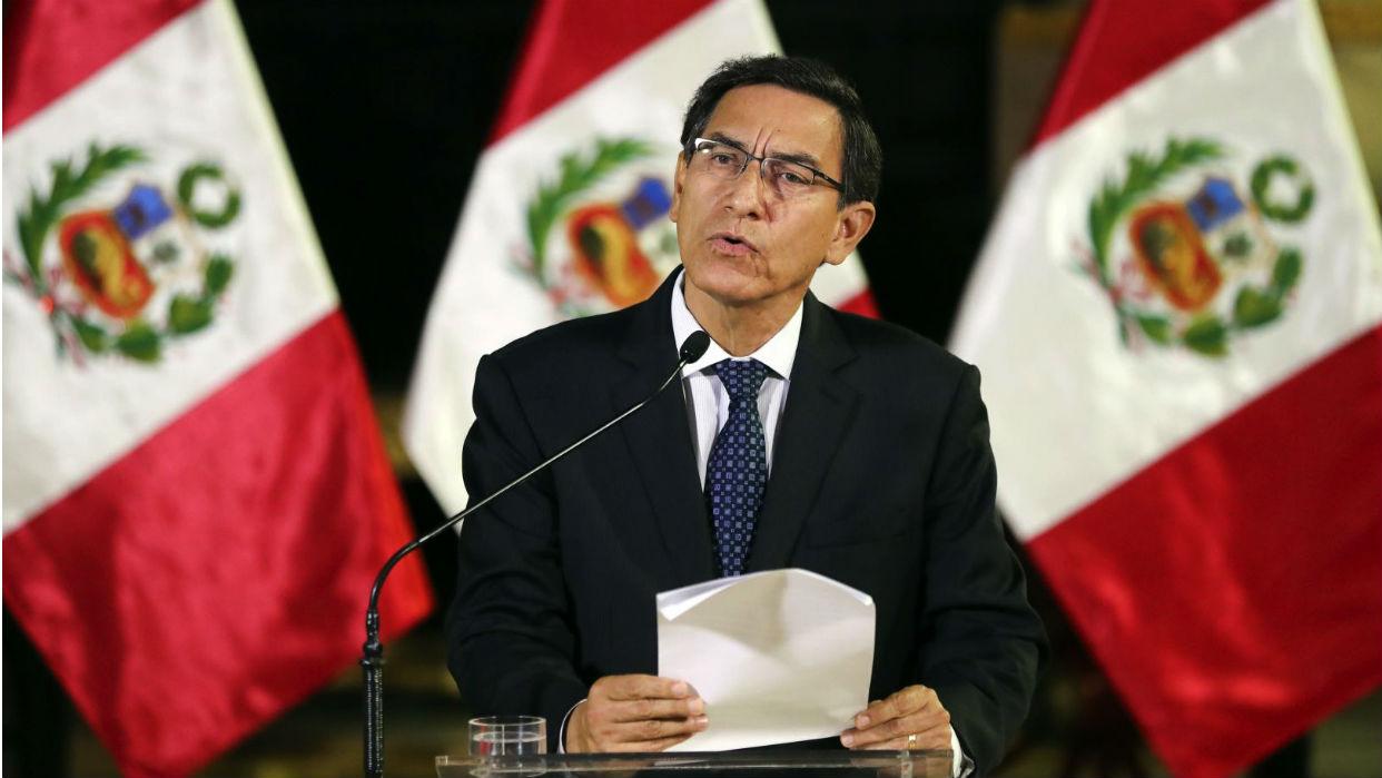 Perú amplía a 13 horas el toque de queda por la epidemia