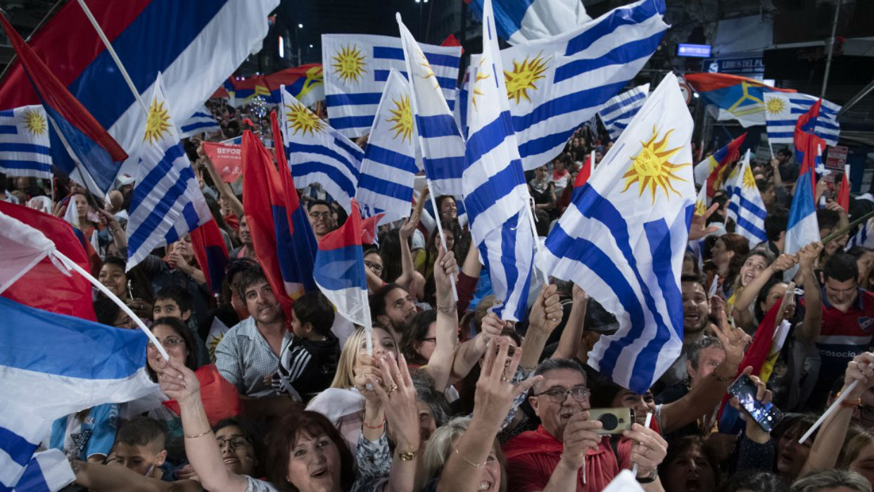 Encuesta reafirma ventaja de oposición en segunda vuelta electoral en Uruguay