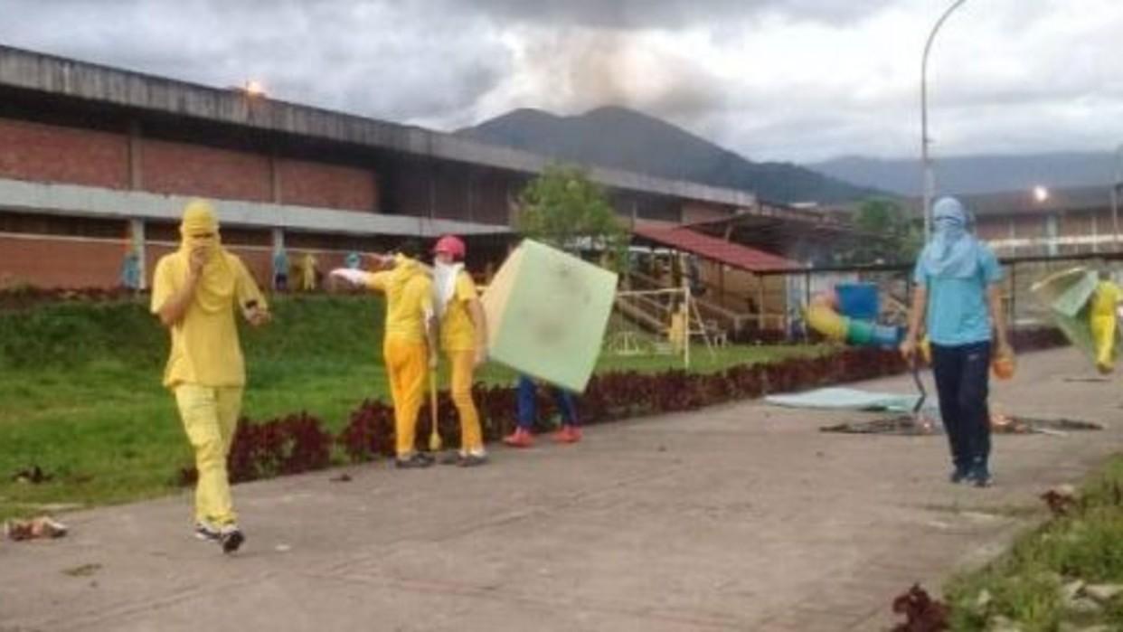 Reclusos toman control de la cárcel de Santa Ana en el estado Táchira - El Universal (Venezuela)