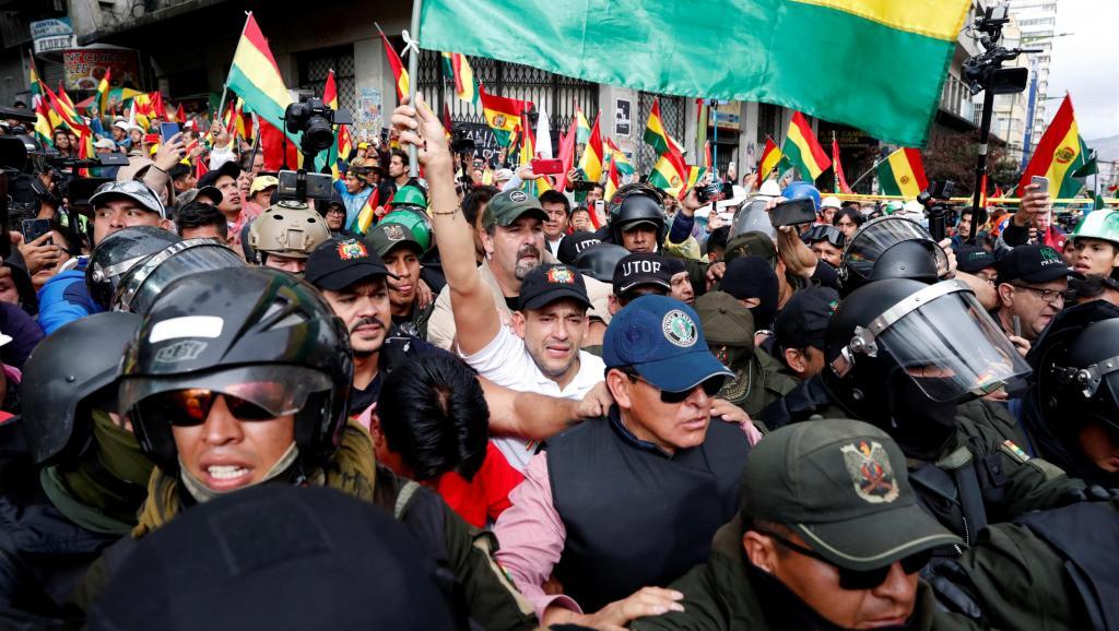 """Gobierno boliviano lanza advertencia contra extranjeros """"terroristas"""" y  """"subversivos"""""""