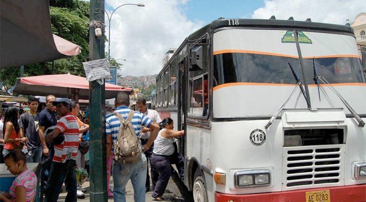 Denuncian aumento de tarifas de transporte desde Los Altos Mirandinos-Caracas