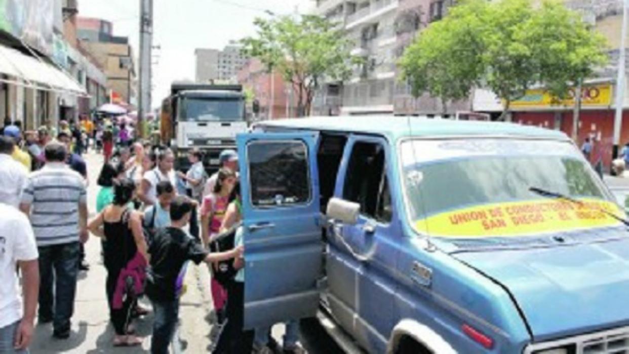 Usuarios en Anzoátegui denuncian aumentos diarios en precios del transporte público