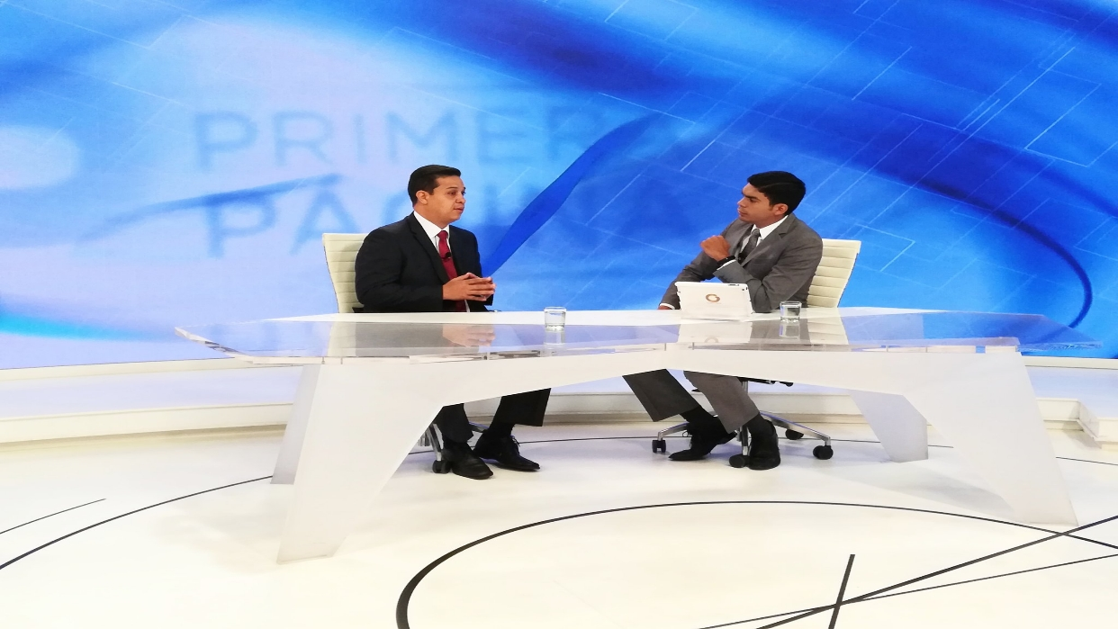 Willian Gil: Oposición apuesta por el caos para salir de Maduro