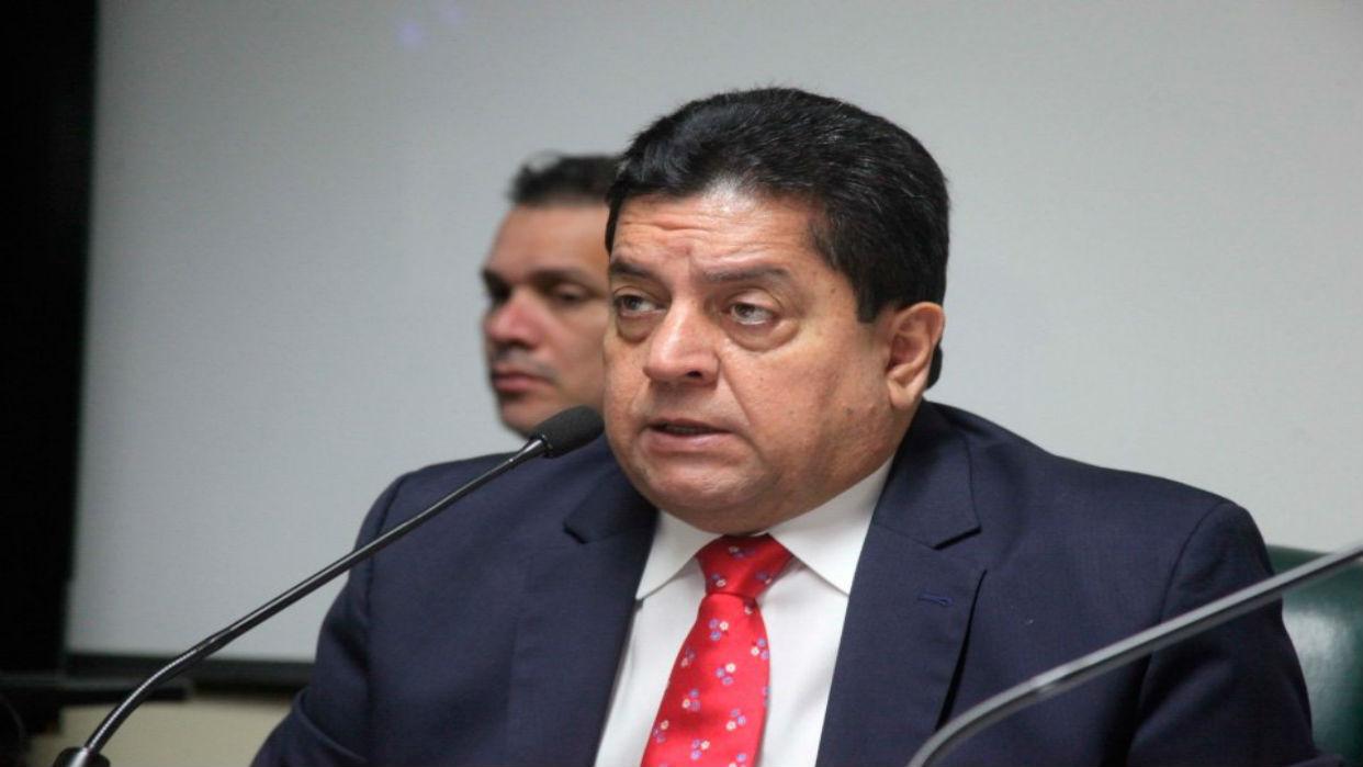 Edgar Zambrano le sugiere a la fiscalía investigar  casos de Odebrecht en el país