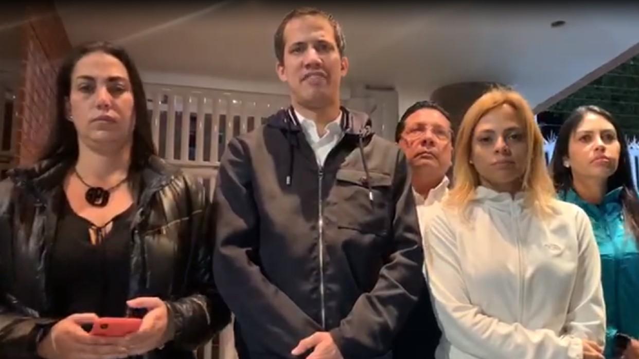 Guaidó y otros diputados impidieron que la Dgcim se llevara a Yanet Fermín de su vivienda
