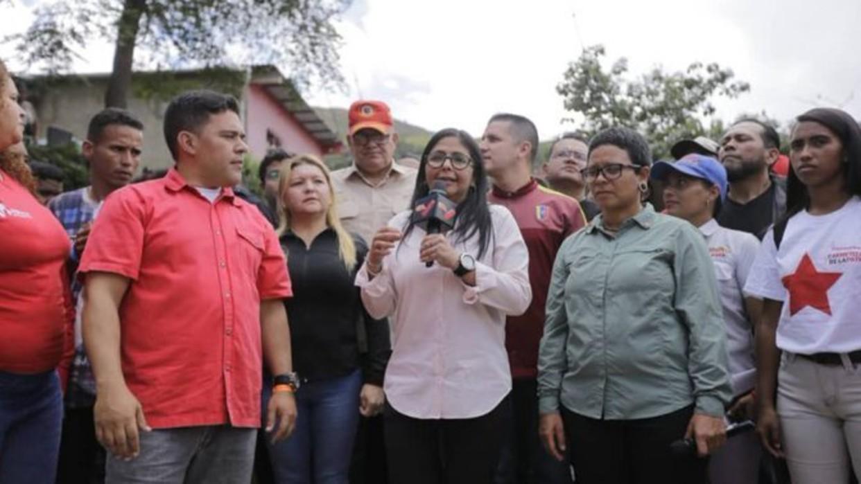 Delcy Rodríguez exhorta a Donald Trump