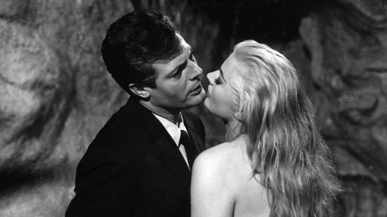 Rímini celebra el centenario del nacimiento de su hijo pródigo Federico Fellini