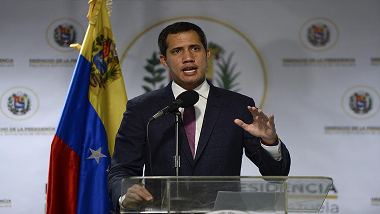 Guaidó relanza en Davos nueva ofensiva política opositora