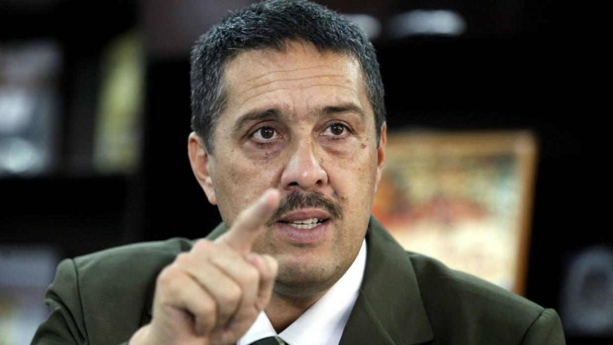 Parlamentario Lobo: La Asamblea Nacional debe salir del desacato