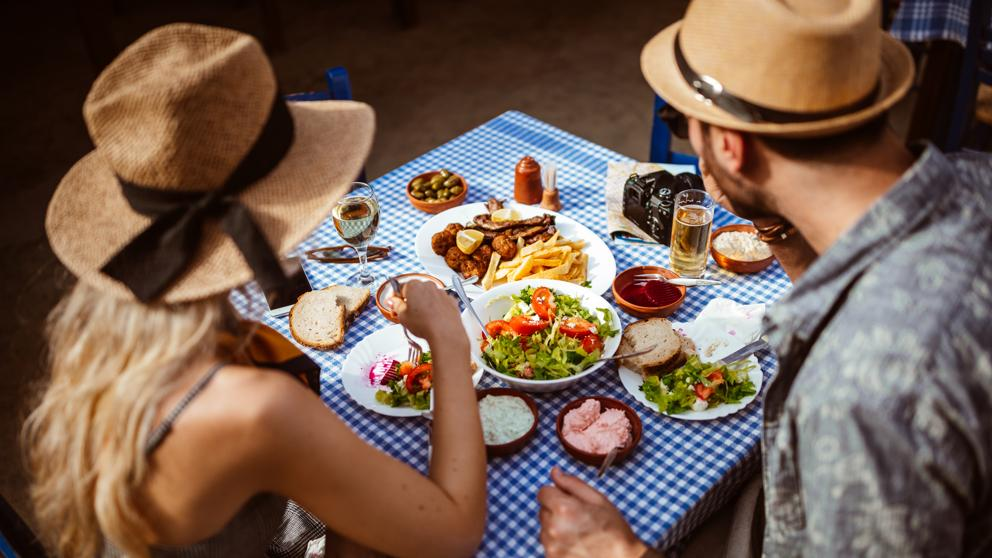 Las comidas  improvisadas incrementan  el hambre  en las personas