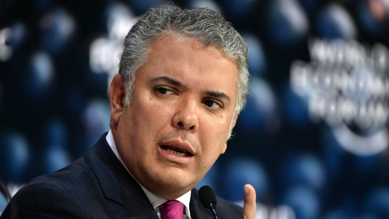 Encuestan muestran que rechazo al gobierno de Iván Duque sube a 71% en Colombia