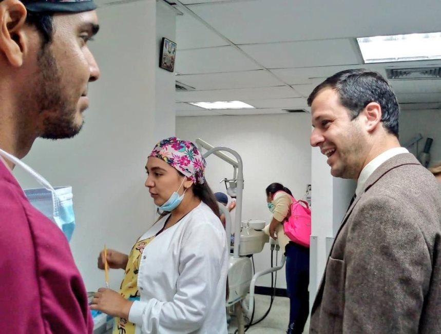 Ambulatorio Jesús Reggeti de El Hatillo presta servicio de odontología