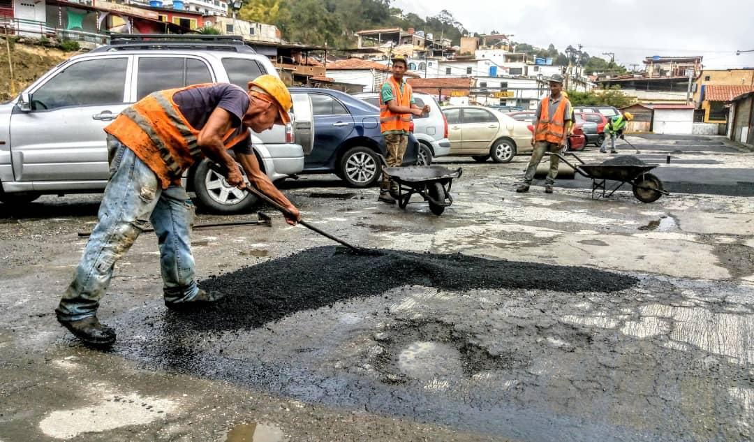 Restauran el estacionamiento Municipal de El Hatillo para el beneficio de los usuarios