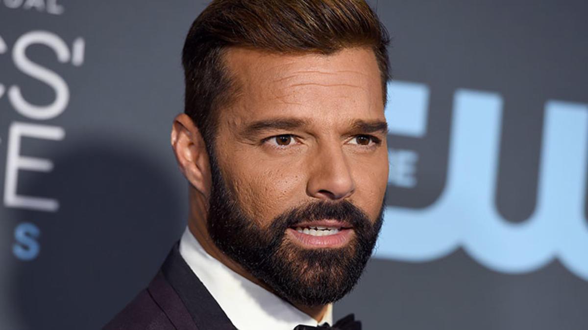 Ricky Martin apoya protestas y espera que Chile provoque un