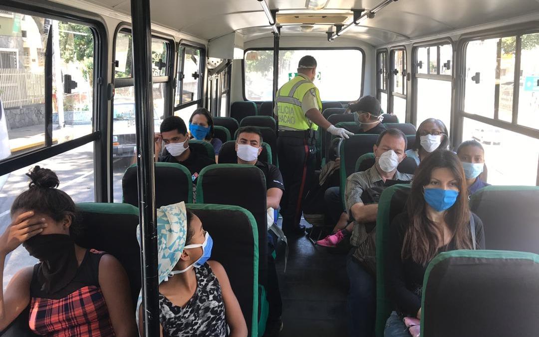 Policía de Chacao continúa con la supervisión del uso de tapabocas a quienes salgan de casa