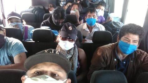 Bolivia impide paso a ciudadanos varados en la frontera de Chile